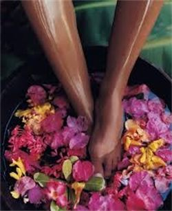 spa pedi flowers